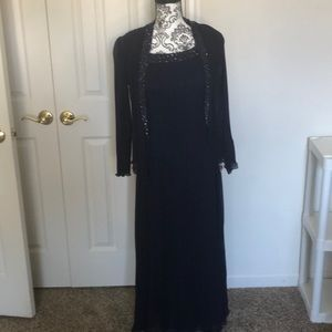 Bnwt size 8 patra navy mother of bride gown